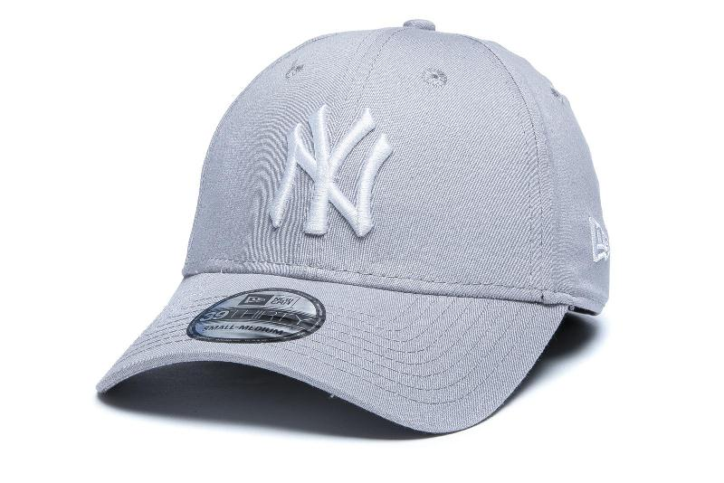 Šiltovka New Era 3930 Basic New York Yankees MLB Grey